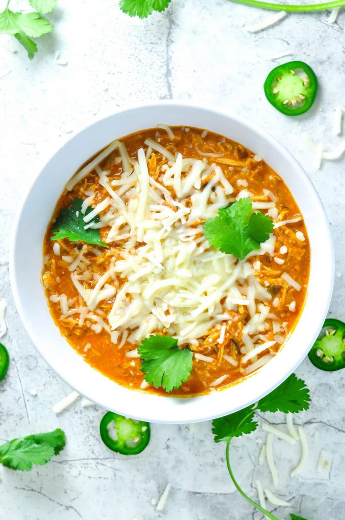 image of a bowl of shredded chicken chili from Ketogasm