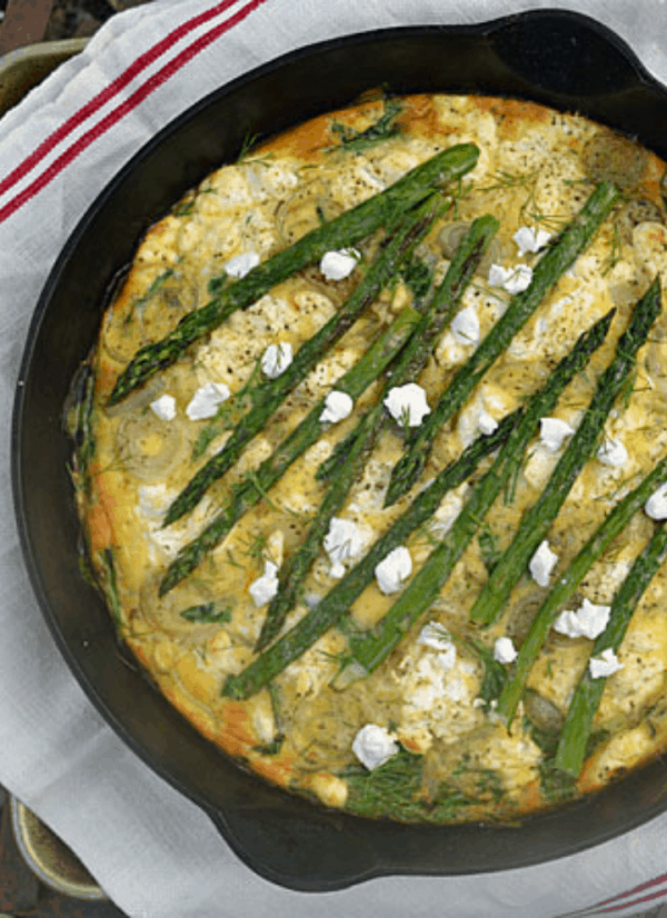 Keto Goat Cheese and Asparagus Quiche is a favorite of mine when asparagus is in season. Not only is it full of flavor it also has tasty vegies that are great on keto and full of fiber, vitamins and nutrients. 27 gms fat, 12 gms protein, 4 gms net carbs. #ketobreakfastrecipes #ketobrunchideas